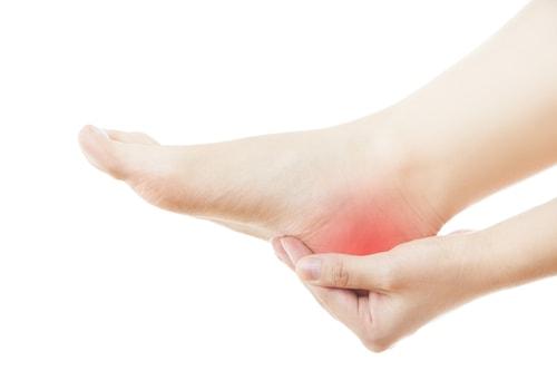 W sytuacji gdy bolą nas pięty, istnieje duże prawdopodobieństwo iż zmagamy się z ostrogą piętową